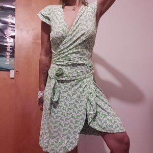 Lilly Pulitzer Green Bee Tie Dress **M